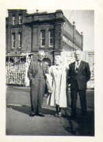 arthur queenie and bert in canterbury 1958.jpg (20808 bytes)